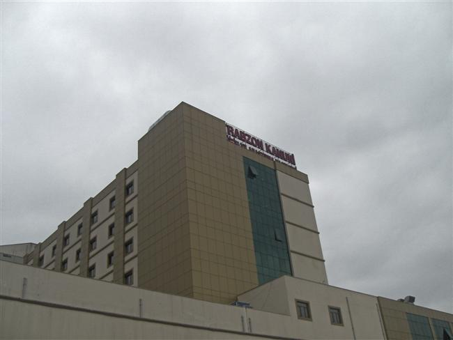 Hastanede Yatıyor