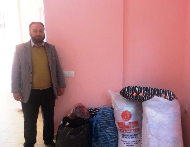 Suriye'ye Kışlık Giyecek Yardımı