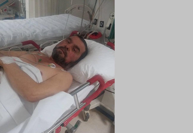 İstanbul'da Hastanede Yatıyor