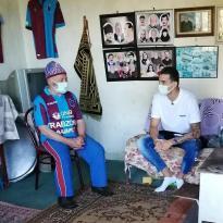 Trabzonspor'un Kaptanından Ahmet Dede'ye Ziyaret